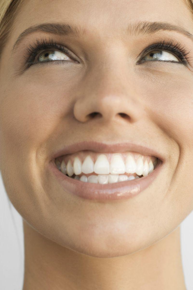 Отбеливание зубов дома эффективное